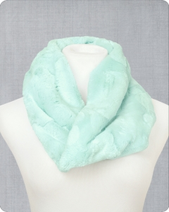 Infinity Scarf Cuddle® Kit Hide Sea Glass
